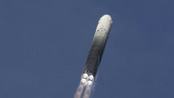 Misil ICBM pesado UR-100N - Sputnik Mundo