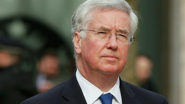 Michael Fallon, ministro de Defensa de Reino Unido - Sputnik Mundo
