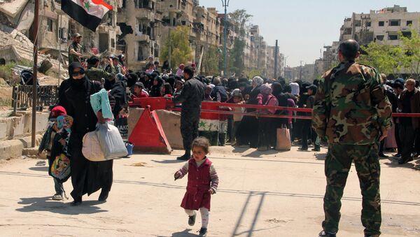 Campo de refugiados palestinos de Yarmuk - Sputnik Mundo