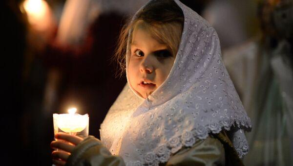 Los cristianos ortodoxos celebran la preclara fiesta de la Pascua - Sputnik Mundo