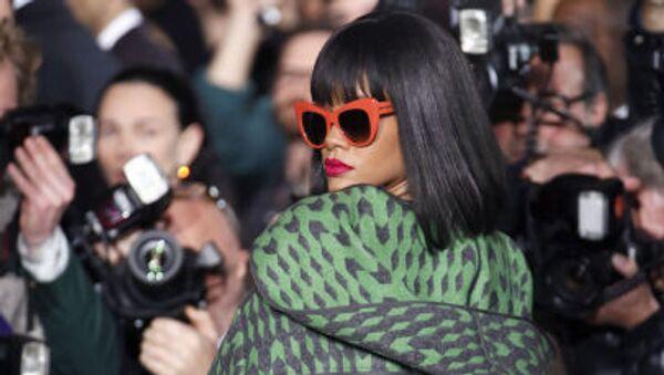 La cantante Rihanna - Sputnik Mundo