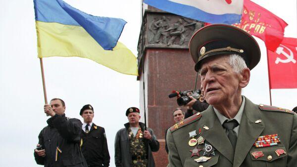 Veterano ucraniano de la Segunda Guerra Mundial en Odesa - Sputnik Mundo