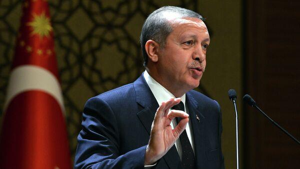 In this Thursday, Dec. 25, 2014 photo provided by the Presidential Press Service, Turkey's President Recep Tayyip Erdogan addresses a meeting at his new palace in Ankara, Turkey - Sputnik Mundo