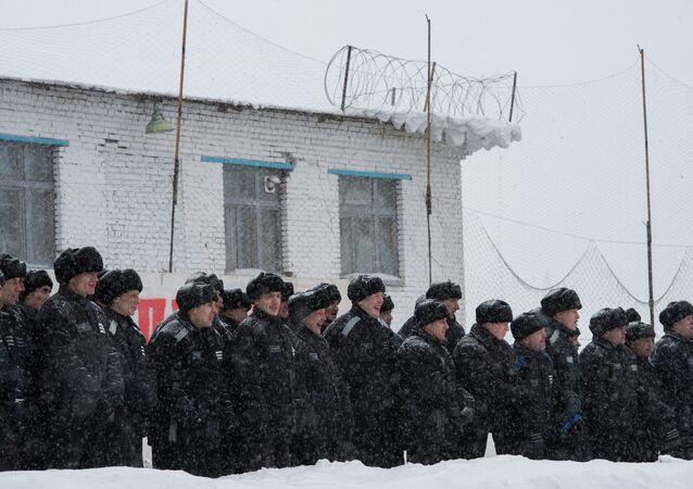 La amnistía se extiende a un 10% de los presos rusos