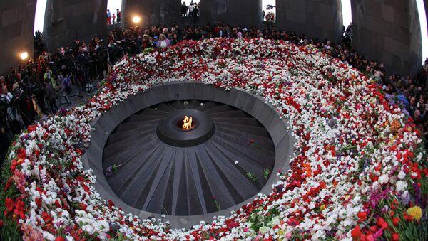 Homenaje a las víctimas del genocidio de 1915 - Sputnik Mundo