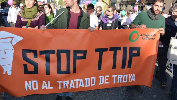 "Madrid grita ""¡No al TTIP!"" - Sputnik Mundo"