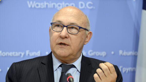 Michel Sapin, ministro de Finanzas de Francia - Sputnik Mundo
