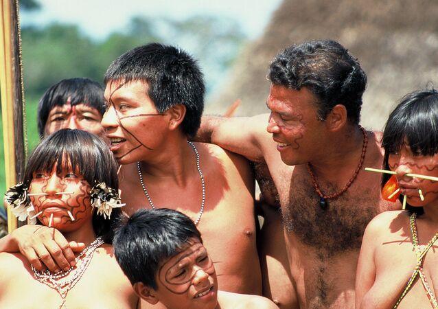 Los indios de la etnia yanomami