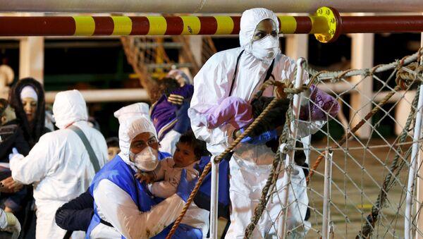 La UE no asume su responsabilidad en accidentes como el de Lampedusa - Sputnik Mundo