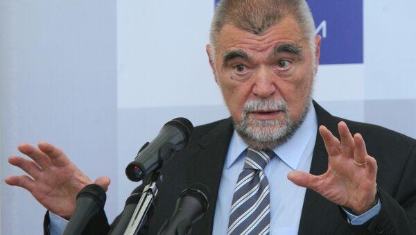 Stjepan Mesic, expresidente de Croacia - Sputnik Mundo