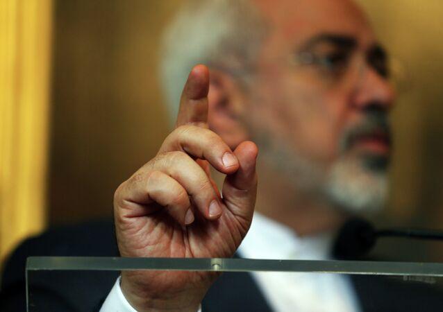 El ministro de Asuntos Exteriores de Irán, Mohammad Yavad Zarif en Lisboa