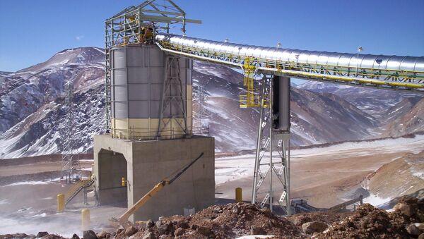 Actividad minera en la Cordillera de los Andes en la provincia argentina de San Juan - Sputnik Mundo