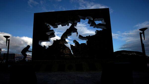 Monumento a los caídos en Malvinas (Ushuaia, Argentina) - Sputnik Mundo