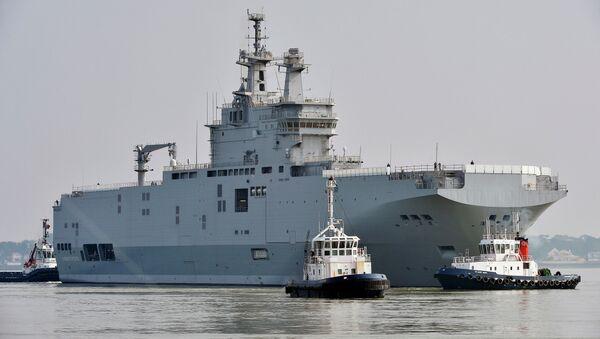 Portahelicópteros de clase Mistral Sevastopol - Sputnik Mundo