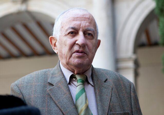 Juan Goytisolo