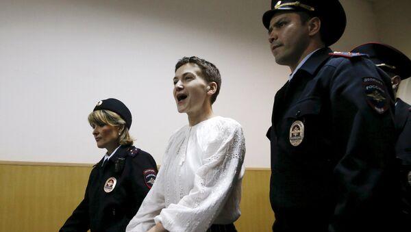 Nadezhda Sávchenko, piloto ucraniana - Sputnik Mundo