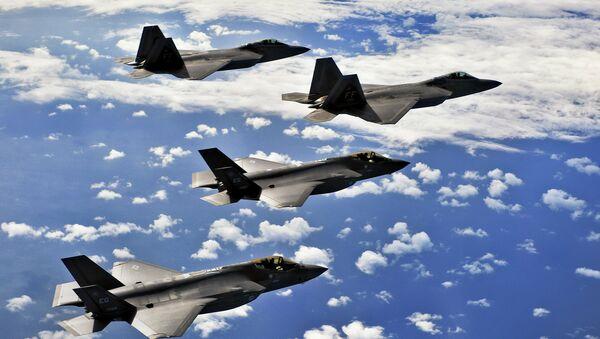 Cazas F-35 - Sputnik Mundo