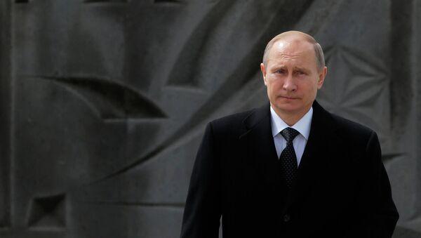 Vladímir Putin, presidente de Rusia, durante su visita a Armenia - Sputnik Mundo