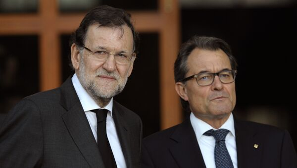 Presidente del Gobierno de España, Mariano Rajoy y presidente de Cataluña, Artur Mas - Sputnik Mundo