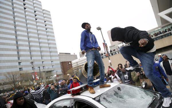 Protestas en Baltimore - Sputnik Mundo