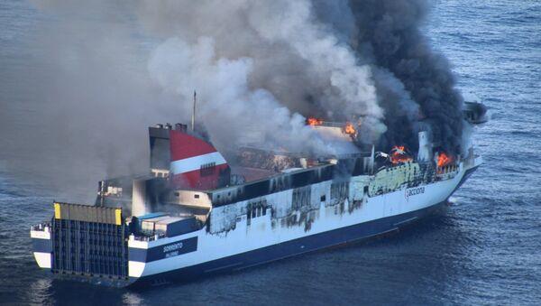 Incendio en el ferry Sprrento de la línea Palma-Valencia - Sputnik Mundo
