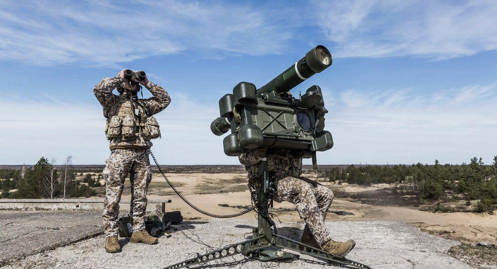 Soldados letónes participan en maniobras de OTAN