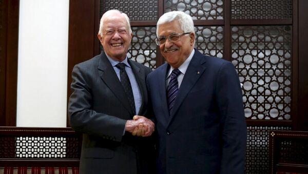 Expresidente estadounidense, Jimmy Carter y presidente palestino, Mahmud Abás - Sputnik Mundo