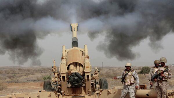 Soldados saudíes en la frontera con Yemen - Sputnik Mundo