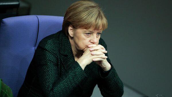 Según datos que yo manejo, la política de Merkel hacia Rusia ha llevado a la bancarrota de 90 empresas en el país, dijo Franz Wiese - Sputnik Mundo