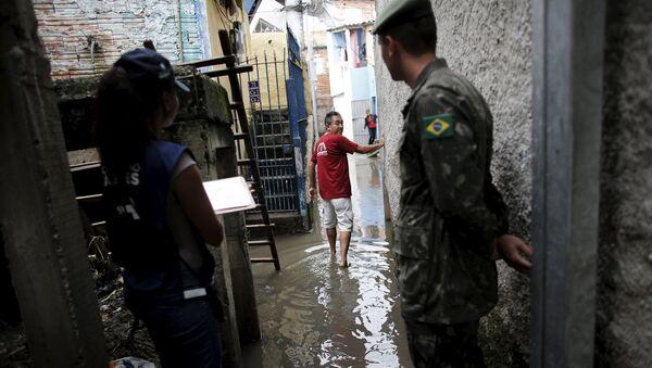 Las Fuerzas Armadas de Brasil determinaron la semana pasada el despliegue de 800 soldados para ayudar en las labores de control y prevención del dengue en la ciudad de Sao Paulo - Sputnik Mundo