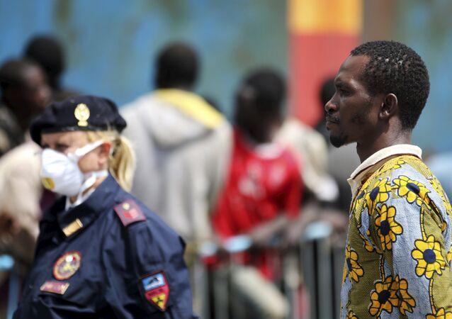Al menos 40 inmigrantes mueren en un naufragio en el Mediterráneo