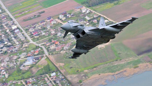 Eurofighter Typhoon de las Fuerzas Armadas Británicas - Sputnik Mundo