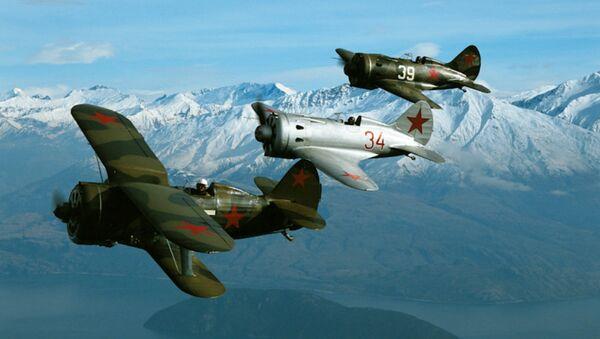 Истребители 30-40х годов И-153 Чайка - Sputnik Mundo