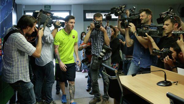 Leo Messi en la rueda de prensa previa al Barça-Bayern de la Champions - Sputnik Mundo