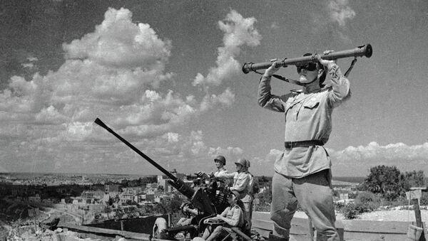 Soldados soviéticos en Sebastopol - Sputnik Mundo