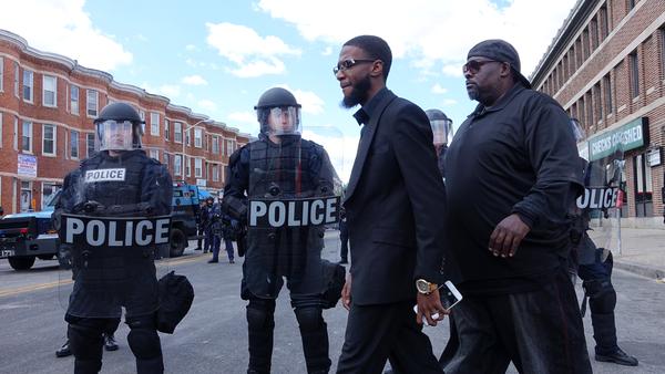 Policías en Baltimore - Sputnik Mundo