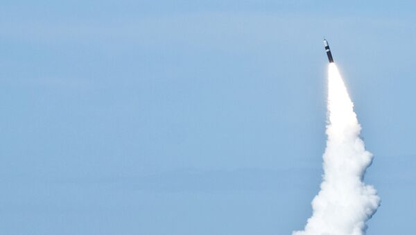 Misil balístico Trident (archivo) - Sputnik Mundo