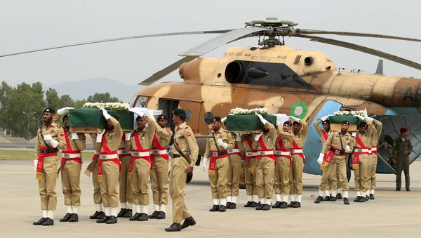 Trasladan a Islamabad cuerpos de diplomáticos muertos en catástrofe aérea - Sputnik Mundo