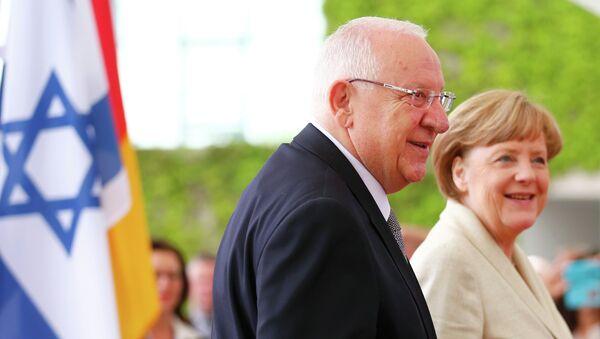 Presidente de Israel, Reuven Rivlin y canciller de Alemania, Angela Merkel - Sputnik Mundo