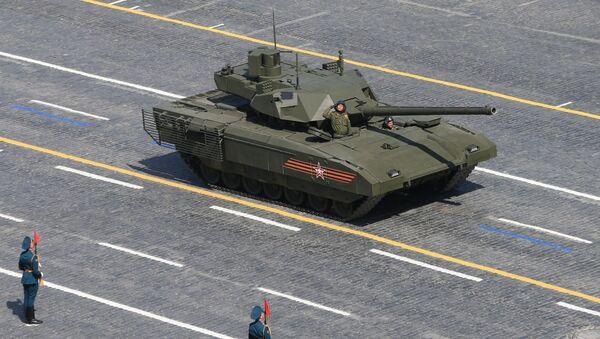 Carro de combate Armata durante el Desfile de la Victoria en la Plaza Roja - Sputnik Mundo