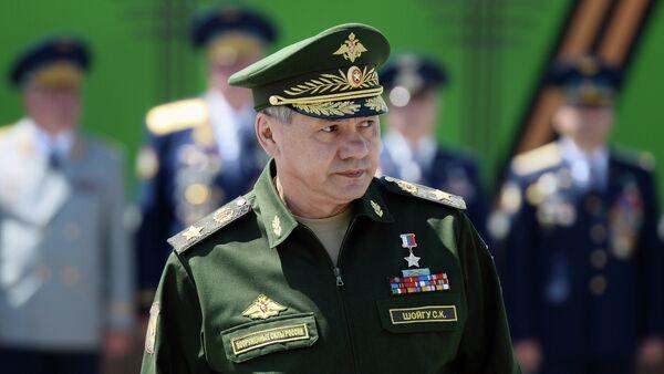 Serguéi Shoigú, ministro de Defensa de Rusia, a la 7ma División de Asalto - Sputnik Mundo