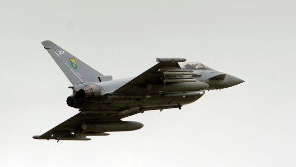 Caza Typhoon de la Fuerza Aérea Real - Sputnik Mundo