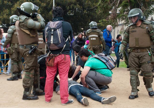 Asesinan en Chile a dos estudiantes durante una manifestación en Valparaíso