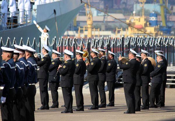 Rusia y China inauguran las maniobras Cooperación Naval 2015 - Sputnik Mundo