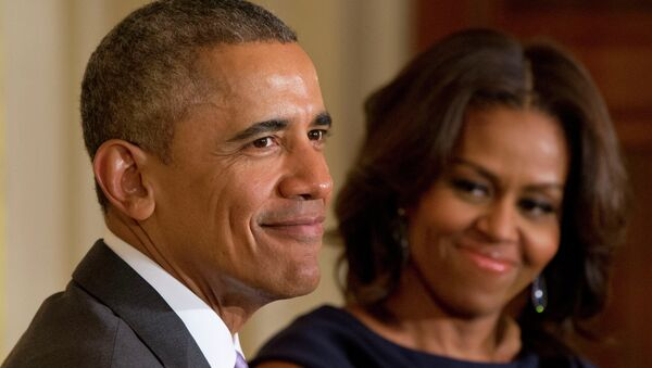 Barack y Michelle Obama - Sputnik Mundo