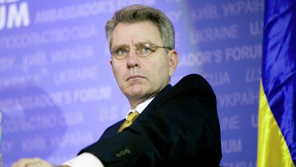 Geoffrey R. Pyatt, embajador estadounidense en Ucrania - Sputnik Mundo