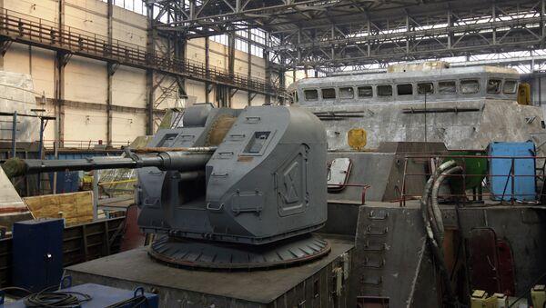 Construcción de la fragata del proyecto 3.9 Gepard en el astillero ruso de Zelenodolsk (archivo) - Sputnik Mundo
