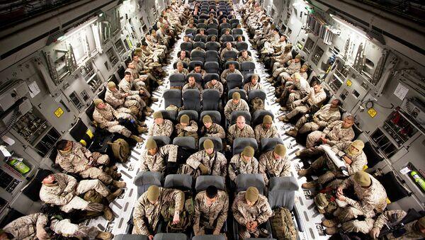 Soldados estadounidenses en su camino a Afganistán - Sputnik Mundo
