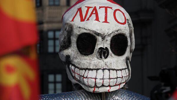 La OTAN no es una alianza defensiva, sino ofensiva - Sputnik Mundo