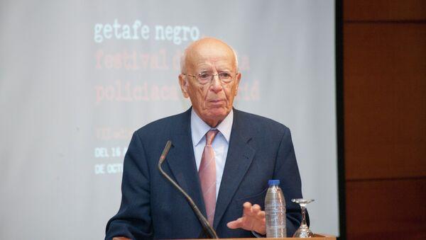 Emilio Lledó galardonado con el V Premio José Luis Sampedro (Archivo) - Sputnik Mundo